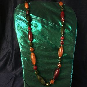 VINTAGE FALL COLORS LUCITE NECKLACE